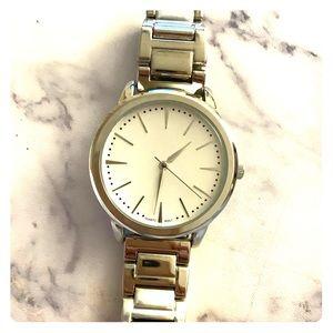 QRTZ Silver Minimalist Watch